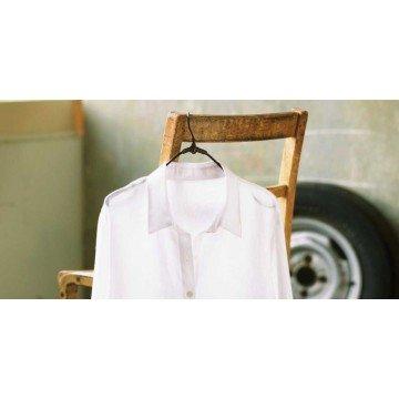 Рубашка и блузка: каких ошибок следует избегать в уходе
